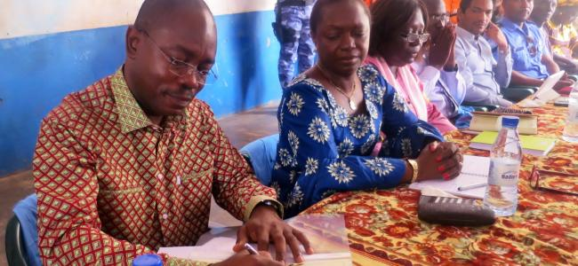 Public Declaration: Mr. Allassane Drabo, Country Director, Plan International Guinea-Bissau, adding his signature to the declaration of abandonment of FGM (2017)